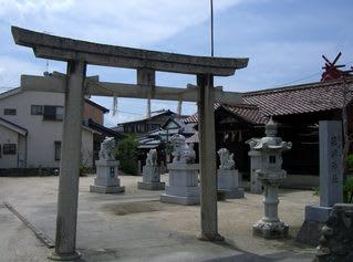 灘町3丁目の「簱崎神社」