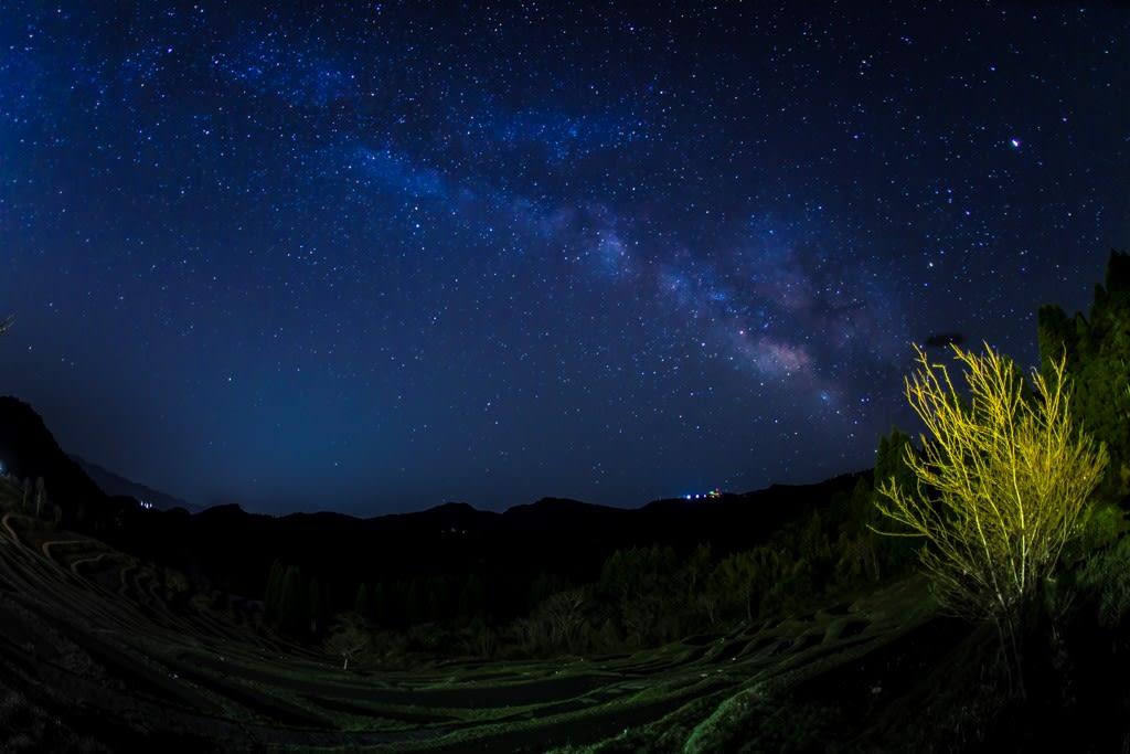 棚田と天の川<の写真