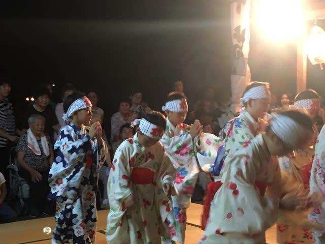 再び手踊り - 荒川町サッカー少...