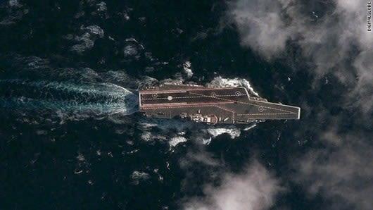 試験航行中の中国初の空母の画像公開、米社が衛星撮影