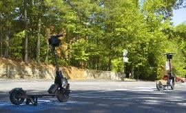 電動バイクの遠隔操作実証実験