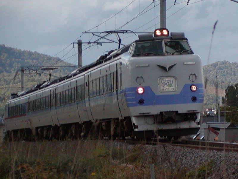 お待ちかねのライラックが札幌からやってきました。さすがに近いとダイナミック。でもちょっと怖かったw