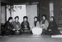 慰安婦C:女性運動家・平塚雷鳥...