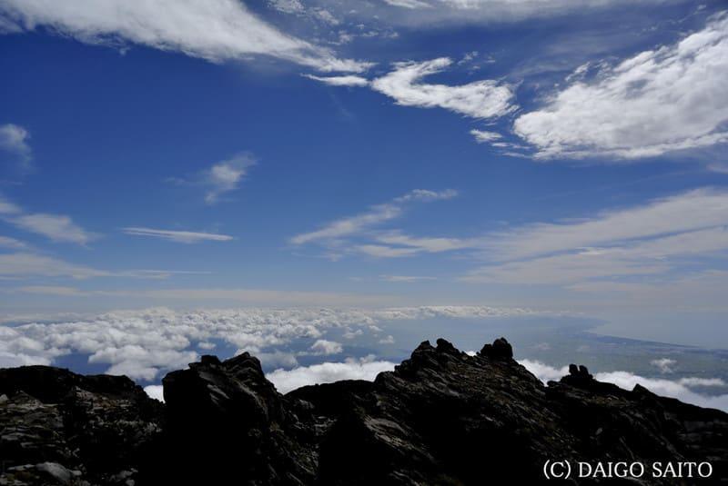 鳥海山頂の光景
