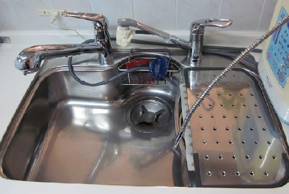 水 漏れ タカギ