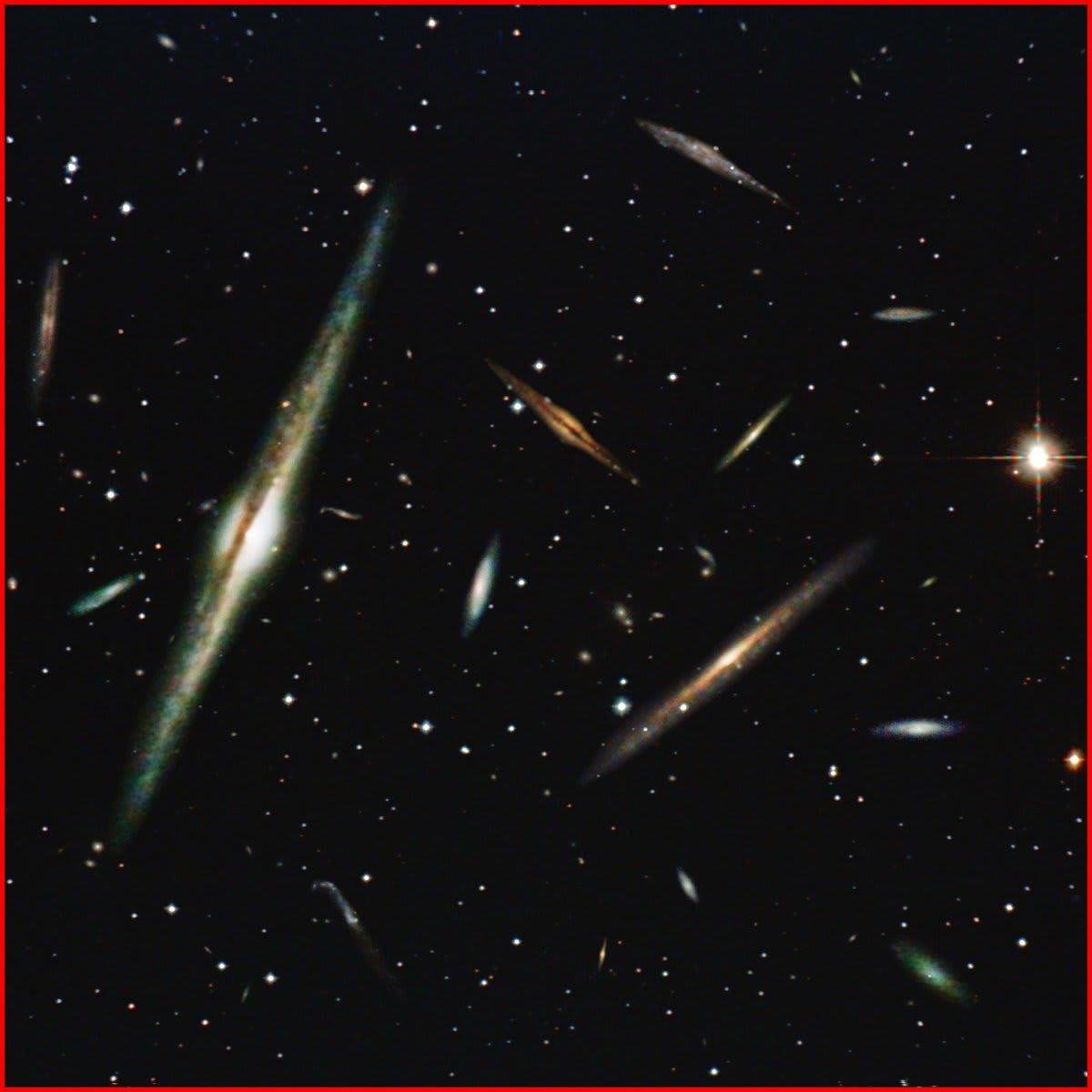 針のむしろ銀河団 [妄想天体写真館] - 雲の上には宇宙(そら)