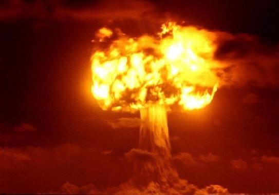 日本国が核武装する