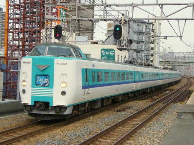 JR西日本381系