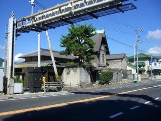糸碕神社近くの洋館(埋立地側)