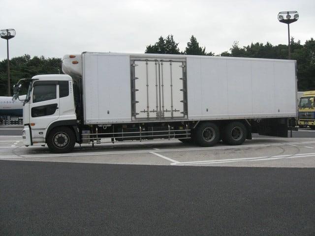 トラック 10t