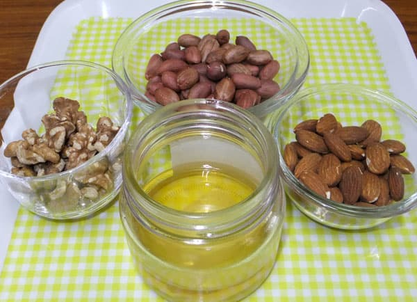 Nuts130901738