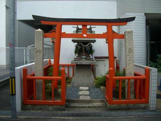 福山空襲で焼失を免れた稲荷神社2