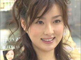 笑顔の瀬戸早妃さん