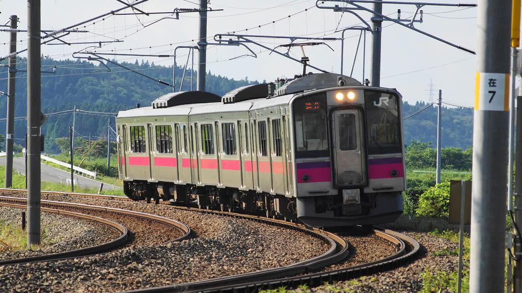 奥羽本線の電車 - くるまと空と...