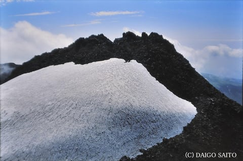 鳥海山最高峰・新山