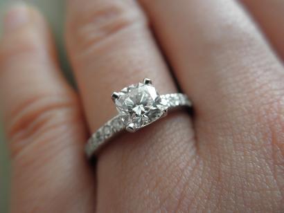 online retailer e3a4a 620b8 ティファニーノヴォの婚約指輪 - NEW!カピバラハウス~セカンド ...
