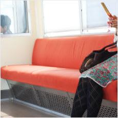 「電車やバスでの珍アナウンス ←この記事ど」の質問画像