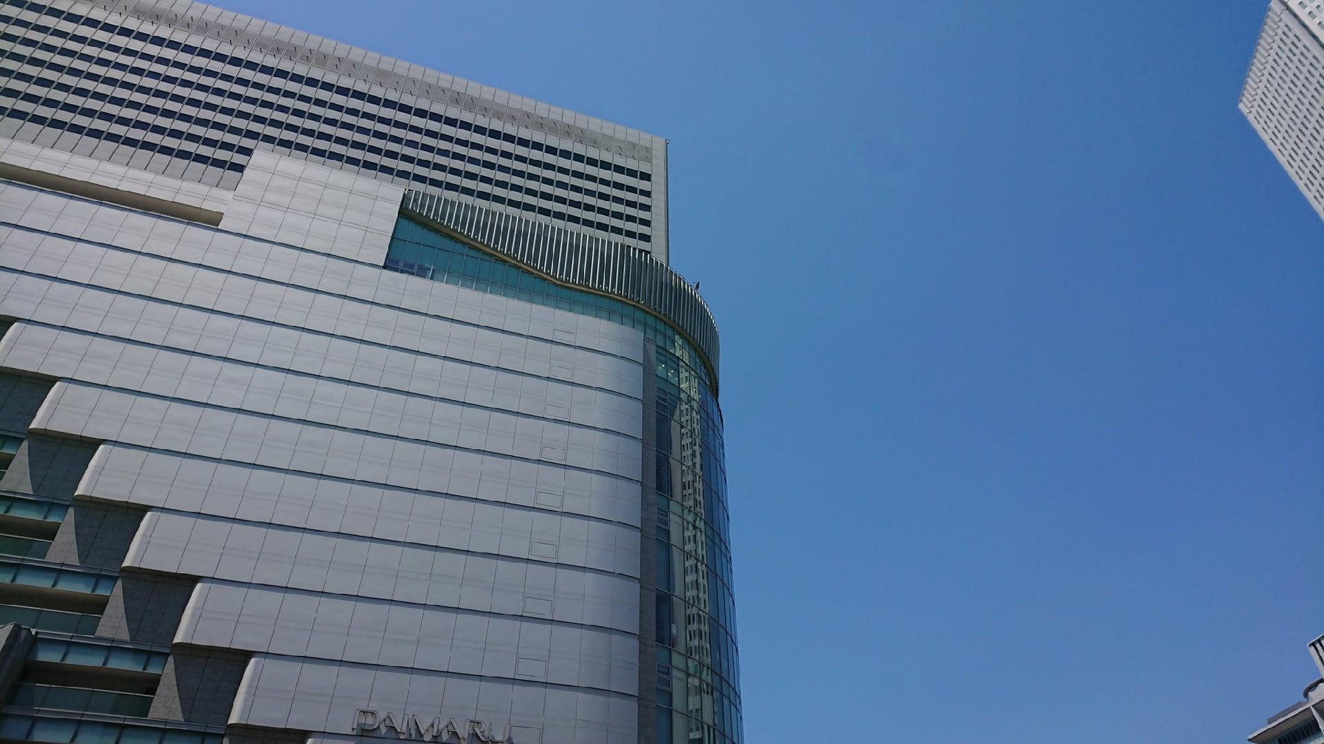 【動画】JR大阪駅ビル16階から女性が飛び降り死亡 警察官が約50分にわたり説得を試みるも・・・