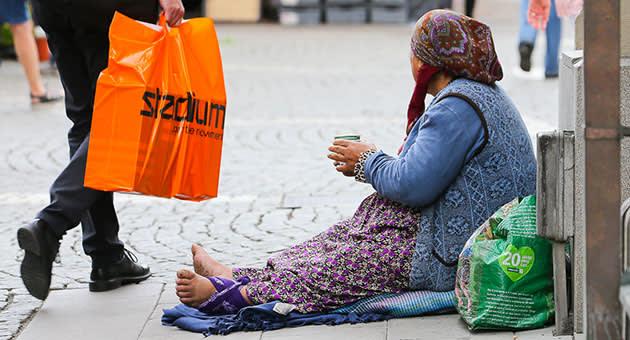 スウェーデンの路上で見かける物乞いの人々について - スウェーデンの今