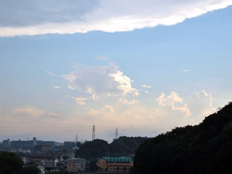 06月30日 真夏みたいな雲