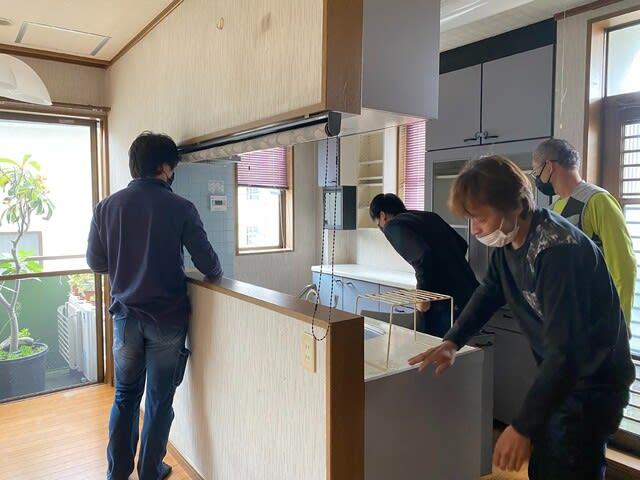 キッチンリフォーム作業前の写真