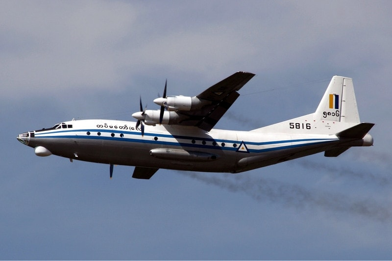 Myanmar_air_force_shaanxi_y8_mrd1