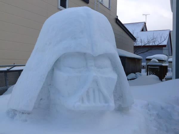 一人 雪 まつり 雪が降ったらキレイだね!聖地に集まれ