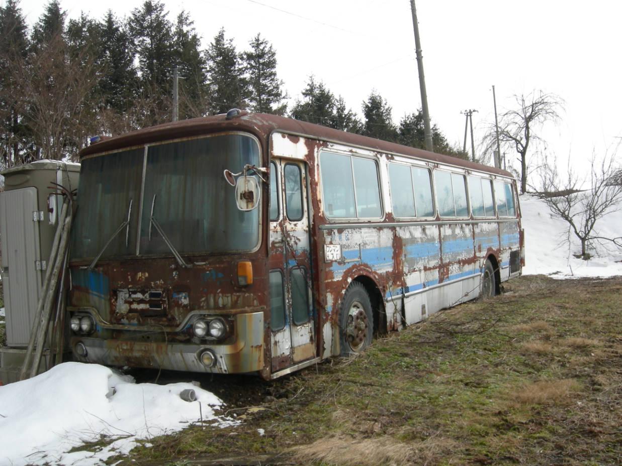 古いトラック・バスを探しに行こう!!!!! - 旧トラック・バスの駐 ...