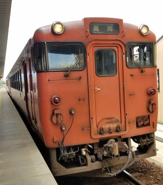 城端線キハ40系