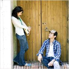 「別れた恋人とは友達に戻れる? ←この記事」の質問画像