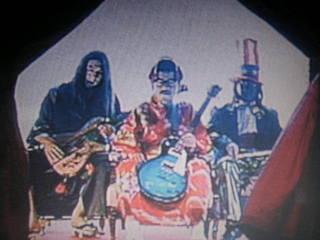 人間 椅子 バンド