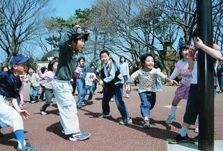 大田区モデル商店街事業石川台希望ヶ丘商店街昭和の遊び だるまさんがころんだ