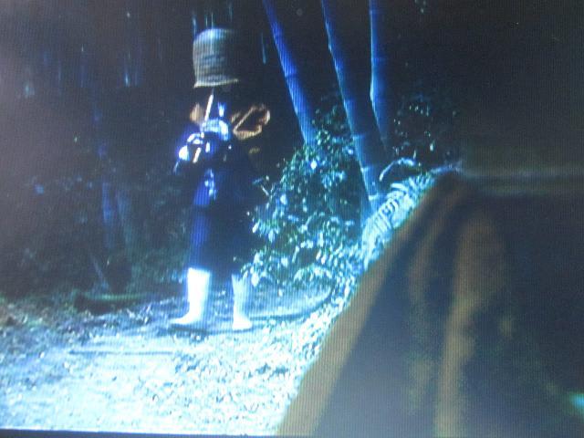 竹の学校周辺の小径で撮影された...