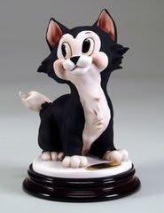 ディズニー アルマーニフィギュア ピノキオ猫の「フィガロ FIGARO」 高さ約17cm イタリア製 98,800円
