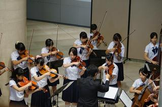 参考館でのコンサート(8月30日...