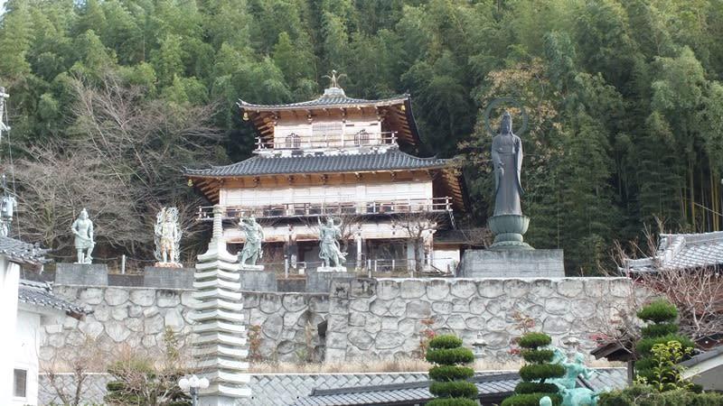 佐和山遊園の石像群