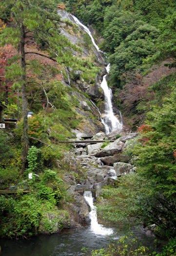 「佐賀県唐津市・見返りの滝」