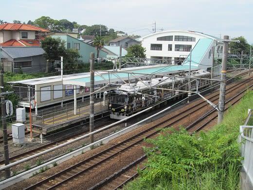 静岡鉄道 狐ヶ崎駅にて - セレヤ...