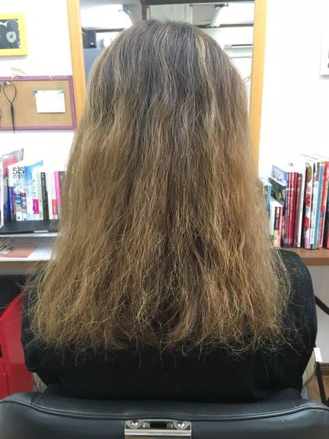 ブリーチ毛にパーマ失敗\u2026切るしか無理 と 言われた髪の毛に 縮毛