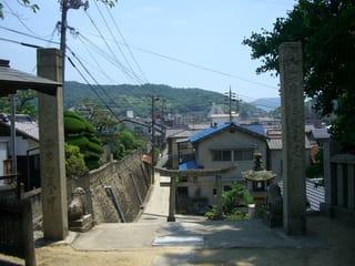 天満神社の注連柱