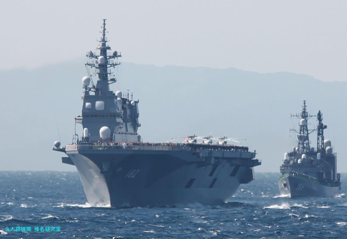 空母いぶき。原作が中国海軍の軍事圧力を前に政府は海上自衛隊へ、いずも型護衛艦拡大改良型として航空母艦いぶき型を建造、その一番艦には艦載機として航空