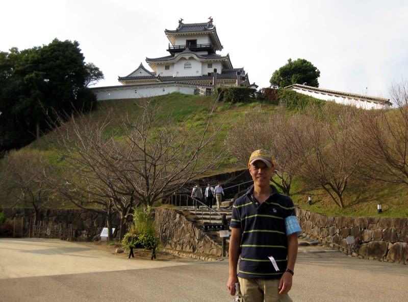 Jackie_with_kakegawa_castle