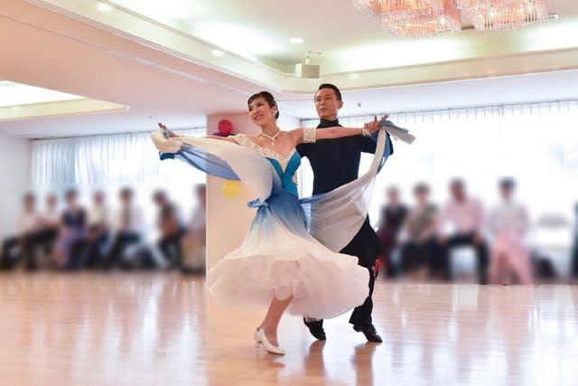 コロナ 社交 ダンス