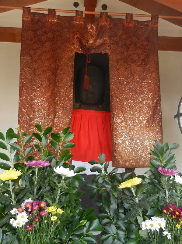 石造地蔵菩薩立像