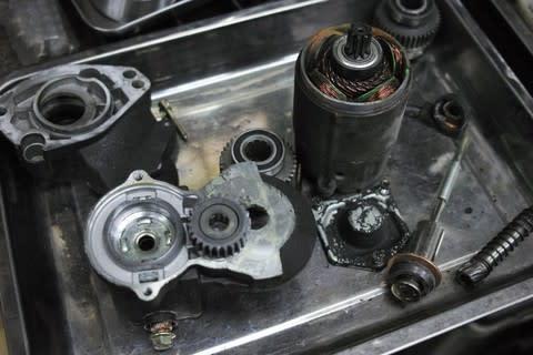 '97 FXD セルモーター修理とメンテナンス