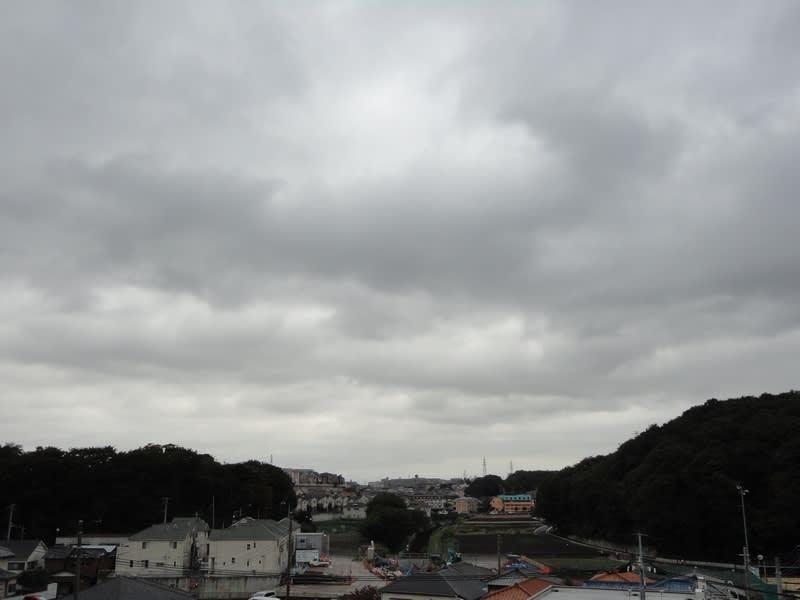 10月31日 台風一過の雲