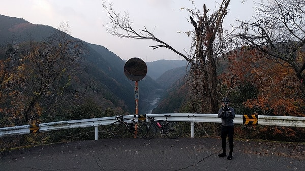 神明峠を越えて日吉ダムまで - ...