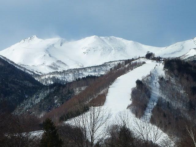 乗鞍 高原 スキー 場 積雪