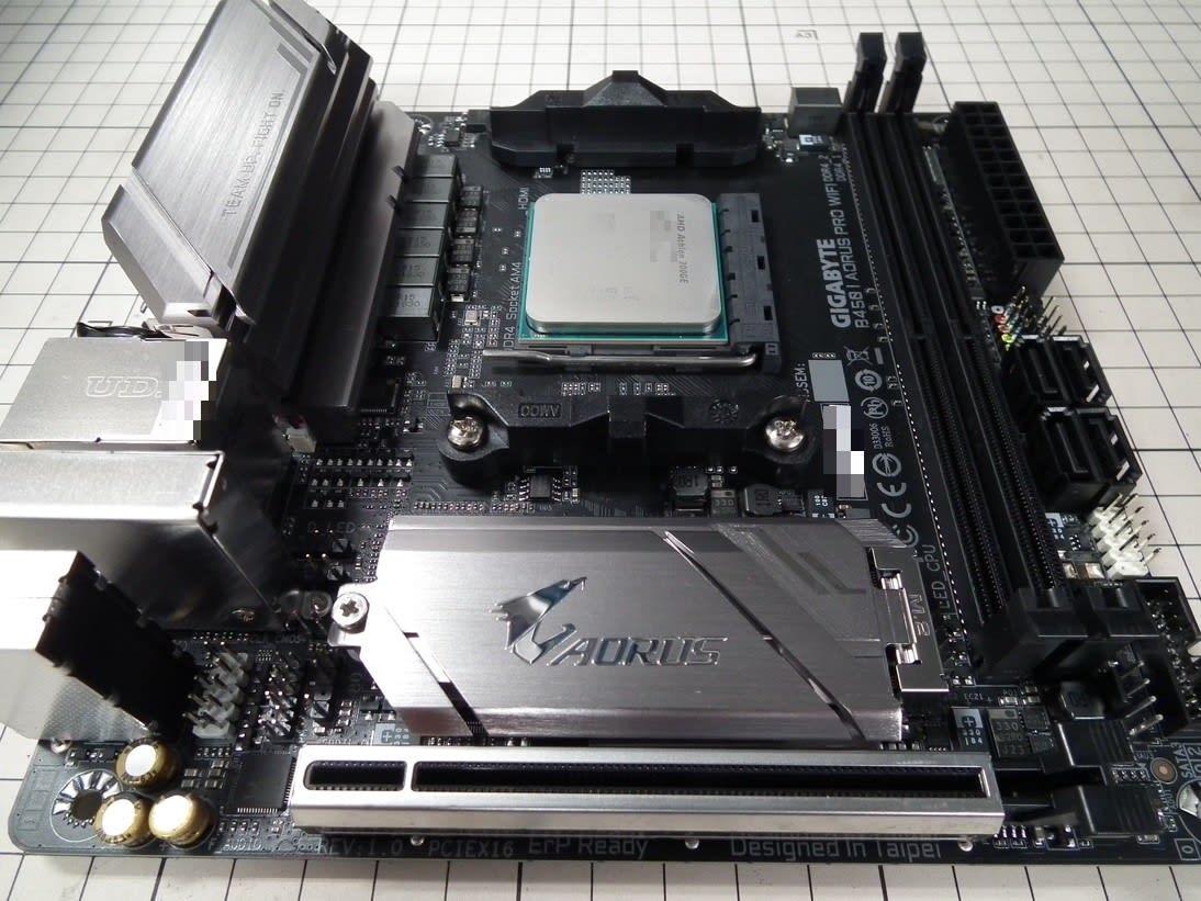 GIGABYTE X470 AORUS GAMING 5 WIFI AMD Ryzen AM4/ X470/ USB 3 1 Gen 2