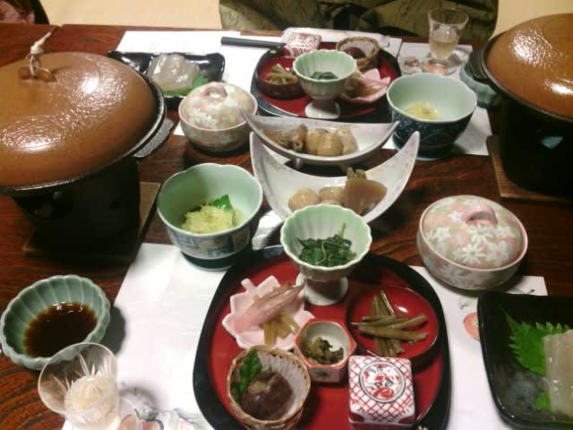 東京都最果ての山奥、檜原村「古民家の宿山城」さんの夕食